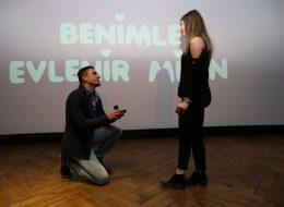 İzmir de Sinema da Evlilik Teklifi Organizasyonu İzmir Organizasyon
