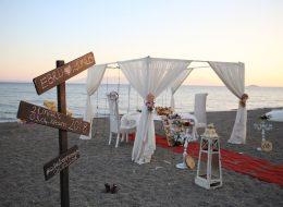 Günbatımında Plajda Evlenme Teklifi Organizasyonu
