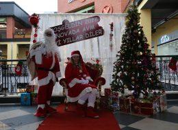 İzmir Yılbaşı Organizasyonu Noel Baba Hediye Servisi