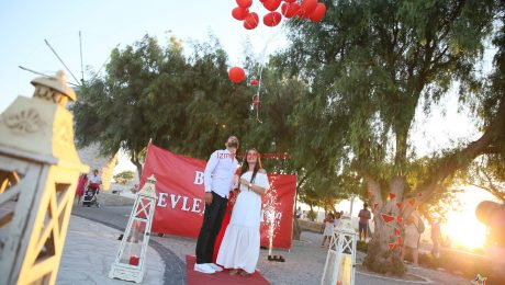 Alaçatı değirmenler de evlilik teklifi organizasyonu