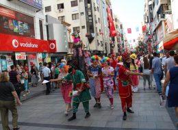 Festival ve Şenlik Organizasyonu Tahta Bacak Gösterileri İzmir Organizasyon