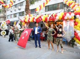 Açılış Organizasyonu Ünlü Sanatçı Temini Balon Süsleme Servisi İzmir