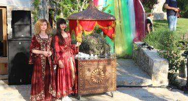 Kurum İçi Motivasyonu Değiştirecek Nostaljik Satıcılar Kahveci Güzeli İzmir Organizasyon