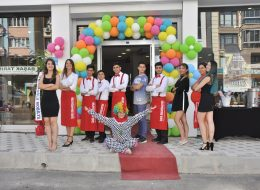 Karşılama Hostesi ve Servis Elemanı Kiralama İzmir Açılış Organizasyonu