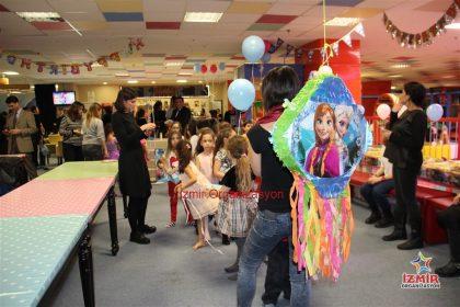 Aslanapa Doğum Günü Organizasyonu İzmir Organizasyon
