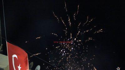 Aslanapa Havai Fişek Gösterisi Aslanapa Yer Volkanı Aslanapa Işıklı Uçan Balon İzmir Organizasyon