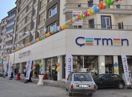 Kokteylli Açılış Organizasyonu Flama ve Üçgen Bayrak Süsleme İzmir