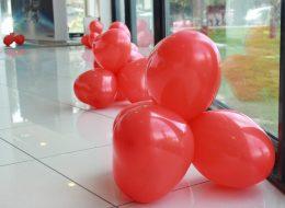 Kırmızı Kalpli Papatya Balon Süsleme İzmir Organizasyon
