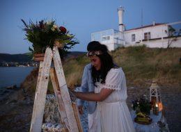 Fotoğraf Köşesi ve Denizci Fenerleri Eşliğinde Evlilik Teklifi Organizasyonu