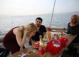 Sürpriz Doğum Günü Organizasyonları ve Tekne Turu İzmir