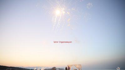 Esenler Havai Fişek Gösterisi Esenler Yer Volkanı Esenler Işıklı Uçan Balon Temini İzmir Organizasyon