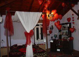 Evlilik Teklifi Organizasyonu İçin Otel Odası Süsleme Paketi Tül Süslemeleri