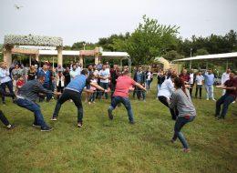 Piknik Etkinlikleri ve Halat Çekme Yarışması İzmir