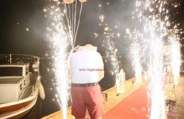 Güzelbahçe Havai Fişek Gösterisi Güzelbahçe Yer Volkanı Güzelbahçe Işıklı Uçan Balon İzmir Organizasyon