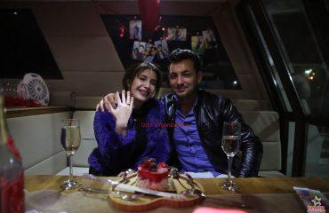 Havai Fişek Eşliğinde Teknede Evlenme Teklifi Organizasyonu