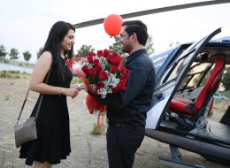 Kırmızı Gül Buketi ile Evlilik Teklifi Organizasyonu İzmir Organizasyon