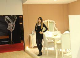 İzmir Fuar Hostesi Kiralama