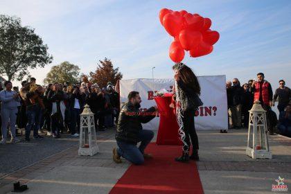 İnciraltı Evlilik Teklifi Organizasyonu Paketi İzmir Organizasyon