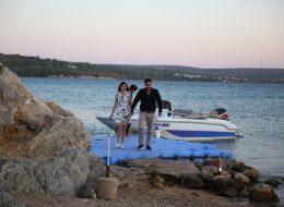 Evlenme Teklifi Organizasyonu Tekneyle Adaya Giriş