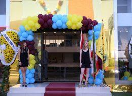 Kapı Takı Balon Süsleme ve Karşılama Hostesi Kiralama Açılış Organizasyonu