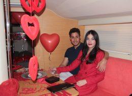 Dekoratif Ürünlerle Süsleme ve Teknede Evlilik Teklifi Organizasyonu İzmir