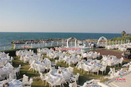 İzmir Düğün Organizasyonu Masa ve Sandalye Kiralama