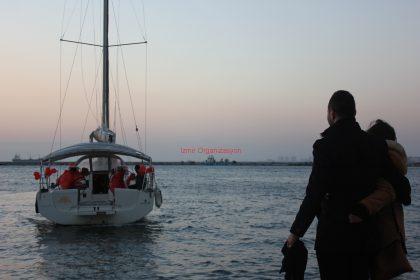 Pasaport Çıkışlı Teknede Evlenme Teklifi Organizasyonu