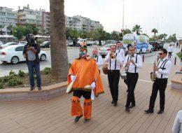 İzmir Jonglör Gösterisi ve Bando Takımı Hizmeti