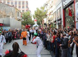 Jonglör ve Cambaz Gösterileri Hizmeti Varyete Grubu Kiralama