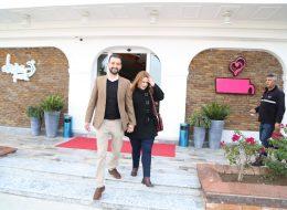Kafe Başlangıçlı VIP Araç ile Teknede Evlilik Teklifi Organizasyonu