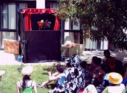 El Kuklası Gösterisi, Kukla Tiyatrosu Gösterileri