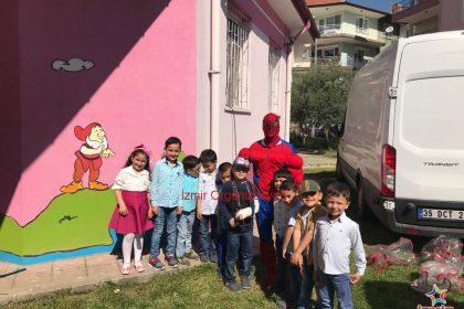 Kula Anaokulu 23 Nisan Çocuk Şenliği Organizasyonu Kostümlü Karakterler Kiralama