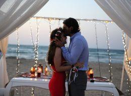 Işık Şelalesi Masa Süsleme ve Kumsalda Evlilik Teklifi Organizasyonu