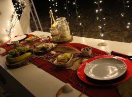 Kumsalda Evlilik Teklifi Organizasyonu Yemek Masası Süsleme