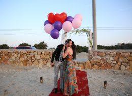 Renkli Uçan Balonlar Eşliğinde Sürpriz Evlilik Teklifi Organizasyonu