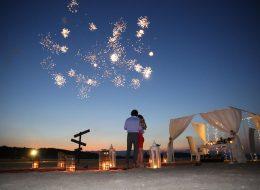 Havai Fişek Gösterisi Eşliğinde Kumsalda Evlilik Teklifi Organizasyonu