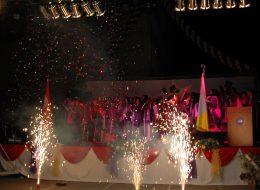İzmir Lise Mezuniyet Organizasyonu Gazlı Konfeti Atımı ve Yer Volkanı Gösterisi