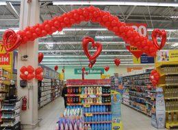 Mağaza Promosyon Dönemi Uçan Balon Süsleme Servisi İzmir Organizasyon