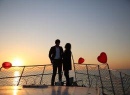 İzmir'de Teknede Evlilik Teklifi Organizasyonu Körfez Turu