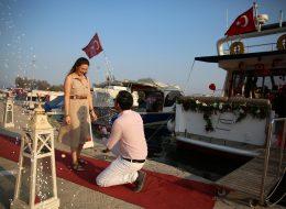 Yer Volkanları Eşliğinde Sürpriz Evlilik Teklifi Organizasyonu İzmir