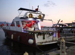 Tekne Süsleme ve Teknede Sürpriz Evlilik Teklifi Organizasyonu İzmir