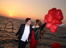 Gün Batımında Teknede Evlilik Teklifi Organizasyonu İzmir Organizasyon