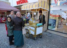 Firma Yıl Dönümü Organizasyonu Pamuk Şekerci Kiralama İzmir