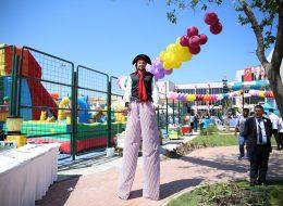Renkli Balon Süsleme ve Tahta Bacak Gösterisi İzmir