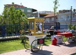Nostaljik Satıcılar ve Patlamış Mısır Arabası Kiralama İzmir