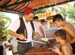 Maraş Dondurmacısı Kiralama İzmir Şirket Piknik Organizasyonu