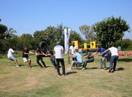 Sunucu Anonslarıyla Eğlenceli Halat Çekme Yarışması Piknik Organizasyon İzmir