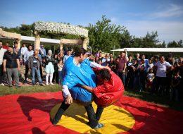 Sumo Güreşi Oyun Parkuru ve Kıyafetleri Kiralama İzmir