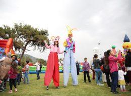 İzmir Tahta Bacak Gösterileri ve Varyete Grubu Kiralama