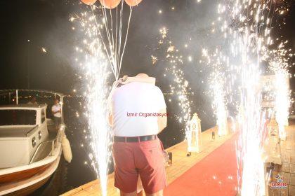 Urla Havai Fişek Gösterisi Urla Yer Volkanı Urla Işıklı Uçan Balon izmir organizasyon